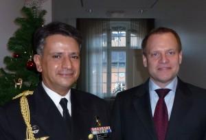 Portugals försvarsattaché Jorge Costa e Sousa och FXM:s generaldirektör Ulf Hammarström. Foto: FXM