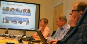Volvo Defences VD Cecilia Alkhagen presenterar verksamheten.