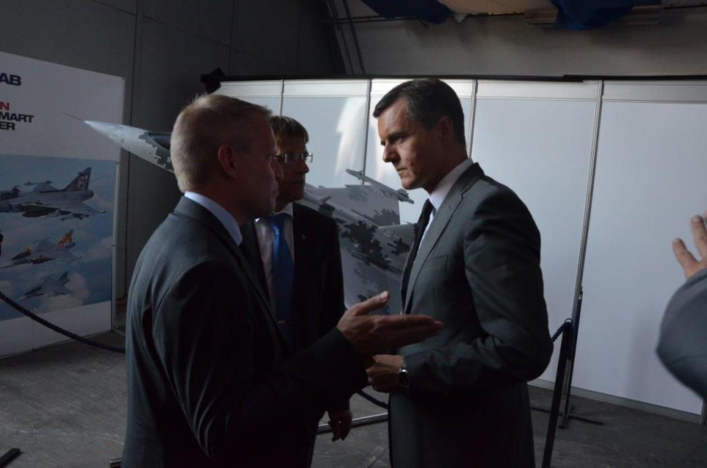 FXM:s generaldirektör Ulf Hammarström, statssekreterare Jan Salestrand och slovakiske statssekreteraren Milos Koterec.